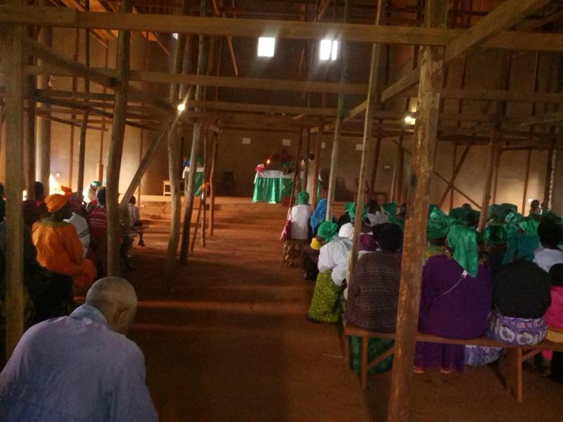 VUE INTERIEURE DE LA CHAPELLE EN CONSTRUCTION(4)